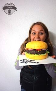 Burger-Torte-Sari